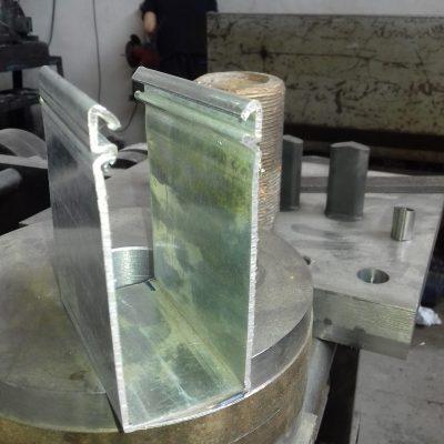رول فرمینگ ریل مویی خور کرکره برقی فولادی لبه 10 سانت ولبه 6 سانت